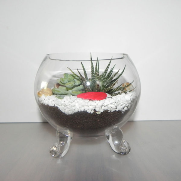 glass-bowl-with-legs